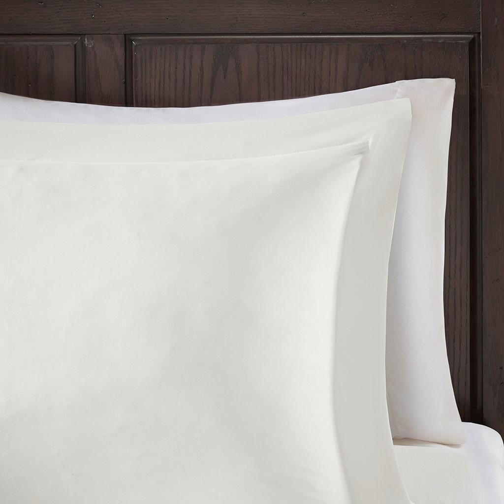 Sarasota Microcell Down Alternative Comforter Set close up sham