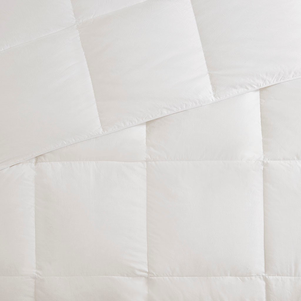 All Season Warmth Oversized Down Comforter Insert - Queen Size close up