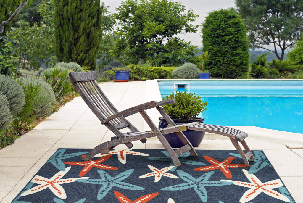 Red White and Blue Sea Stars Rug outdoor room view