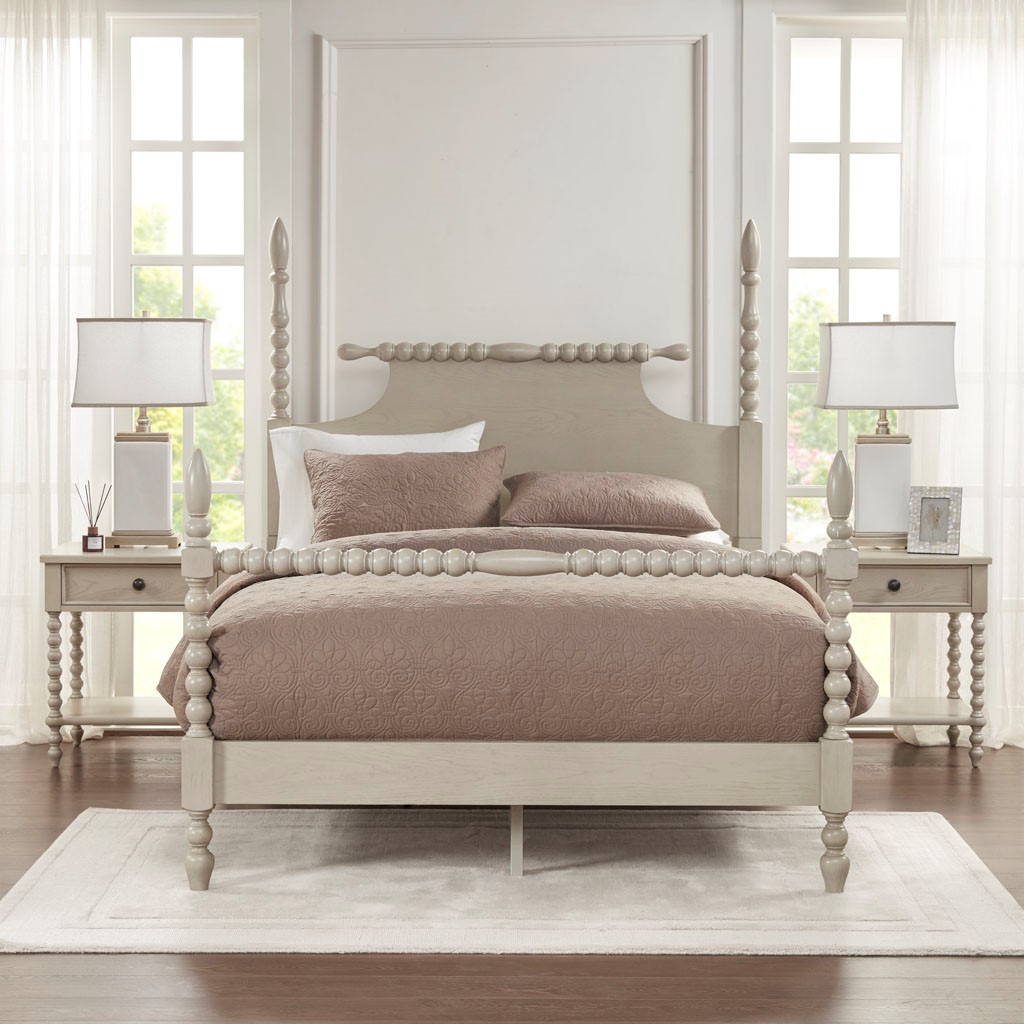 Beckett Curvy Whitewashed Queen Size Bed room view 2