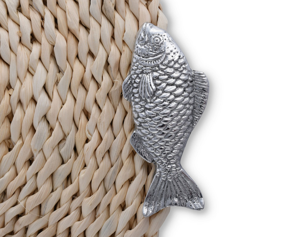 Twisted Seagrass Placemats with Pewter Fish - Set of 4 detail