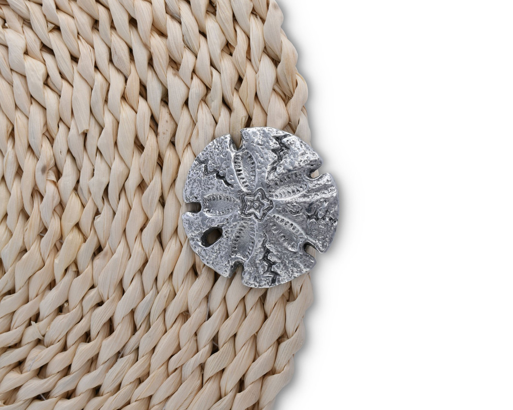 Twisted Seagrass Placemats with Pewter Sand Dollars -Set of 4 detail