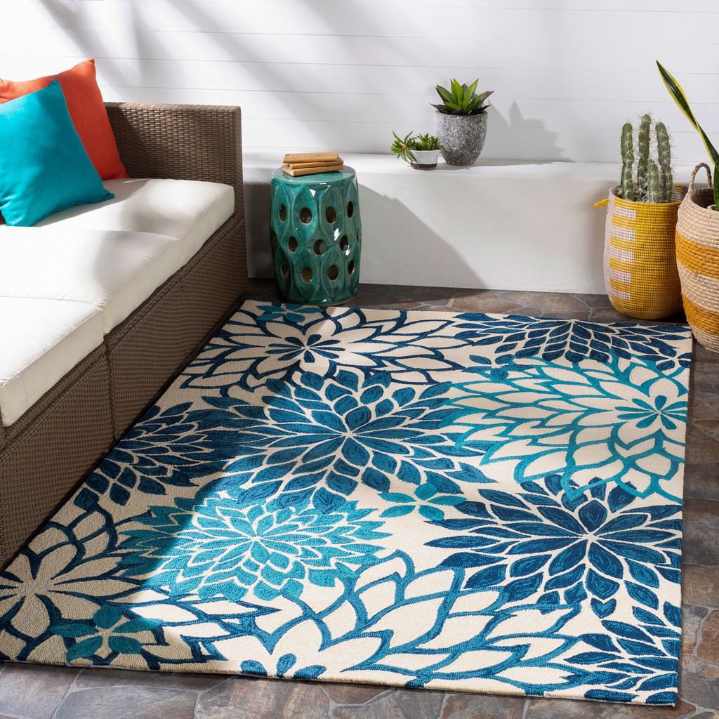 By the Sea Blue Blooms Hand-Hooked Area Rug room example