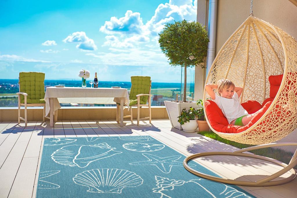 Light Blue Sea Shells Indoor-Outdoor Area Rug outdoor view