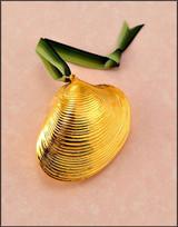 Gold Calista Clam Shell Ornament