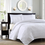 Hudson Bay White Coverlet Set - Queen Size