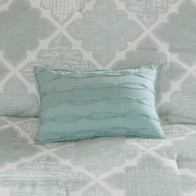 close up Cadence Aqua Comforter Set