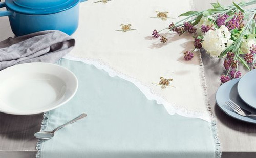 Sea Turtle Migration Table Runner table view