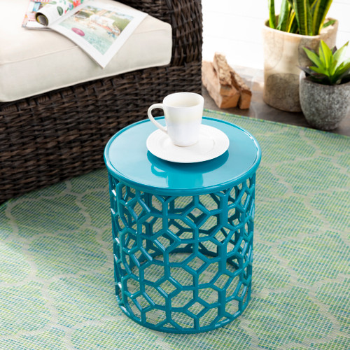 Hale Aluminum Lattice Accent Table in Teal Green room view