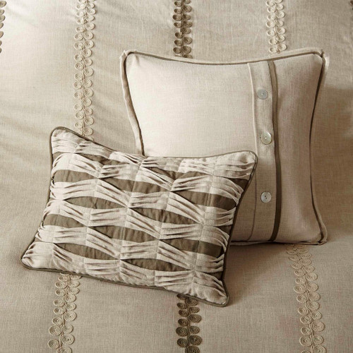 Beach Chateau Luxury 9-Piece Bedding Collection deco pillows 2
