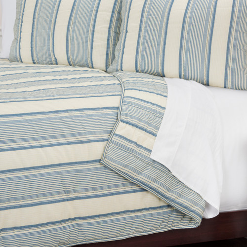 Seafaring Striped 3-Piece Queen Size Quilted Set close up