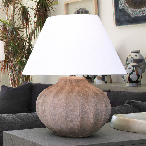Clamshell Table Lamp in Sand Ceramic room view