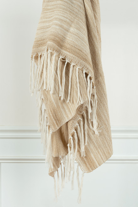 White Sand Casual Knit Fringed Throw