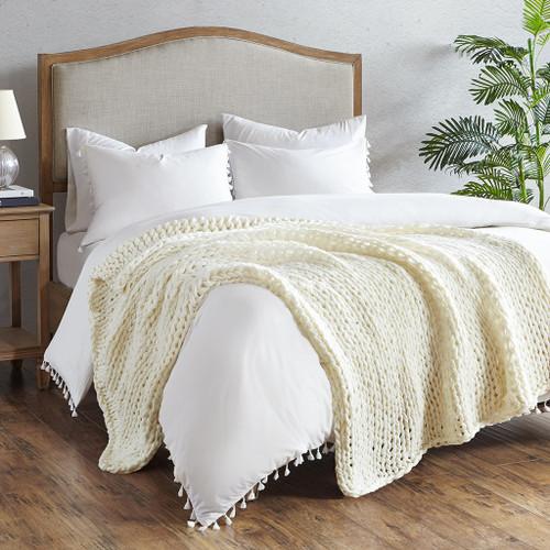 Ivory Cream Chunky Handmade Double Knit Throw bedroom view