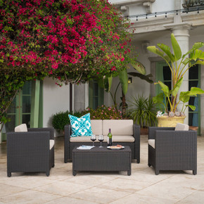 4 Piece Wicker Chat Set w/ Water Resistant Cushions & Cover