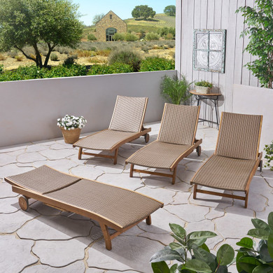 Outdoor Wicker and Wood Chaise Lounge with Pull-Out Tray