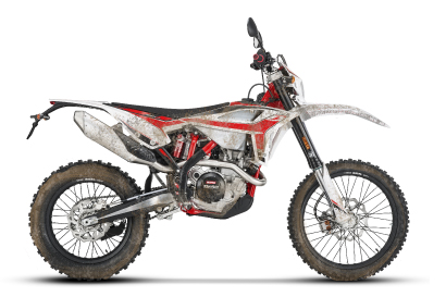 2020-rr-s-dirty-bike.jpg