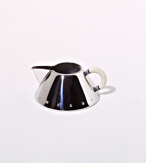 Alessi Creamer, Michael Graves design