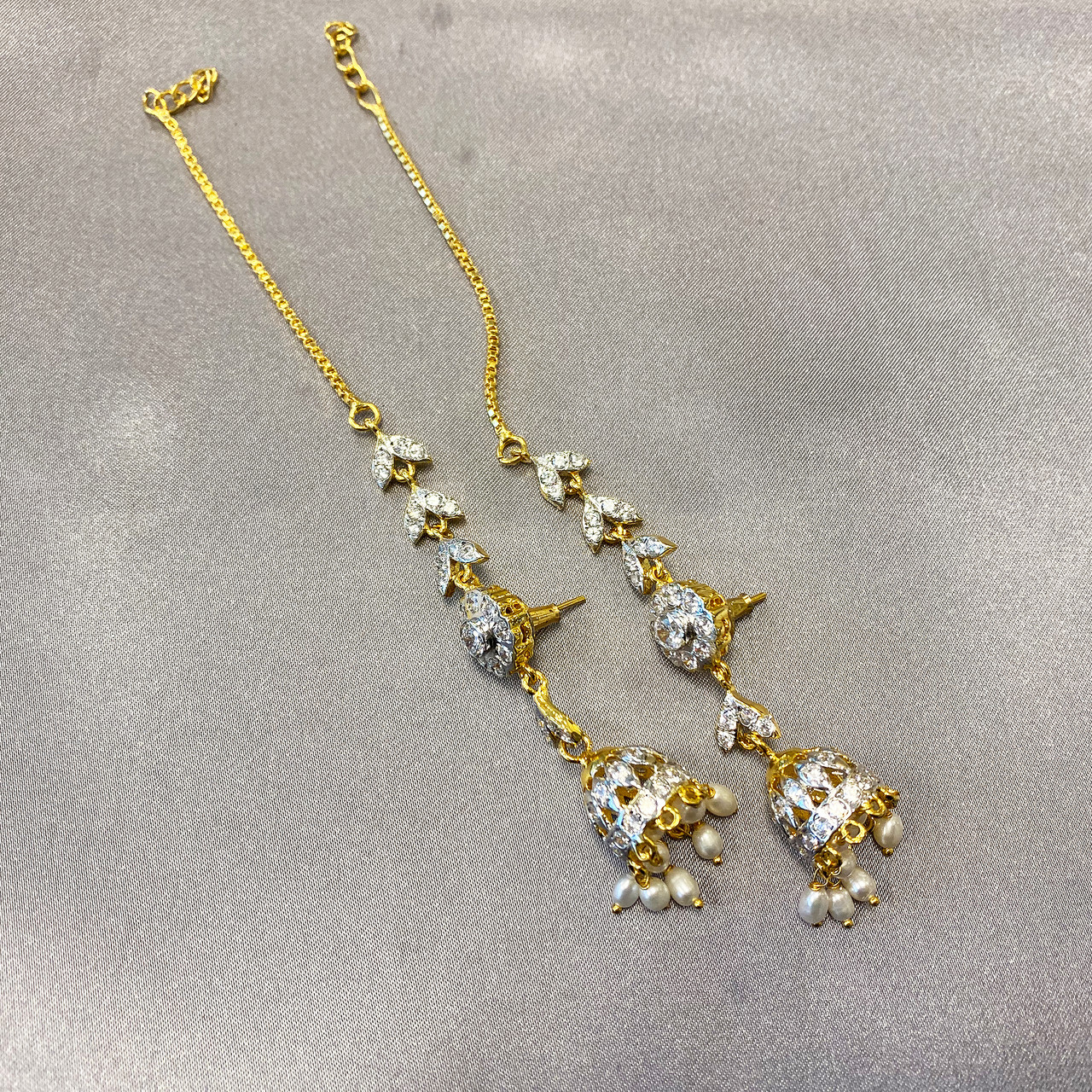 Gem Avenue Gold Plated Pearls and Glass Stone Earrings Necklace Set 16 inch with extra link Chain