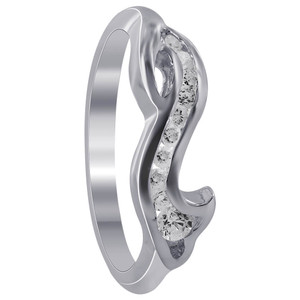 Cubic Zirconia with Wavy Design Ring