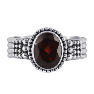 Sterling Silver Oval Garnet Gemstone Solitaire Ring