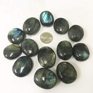 Labradorite Pocket Palm stone Pebbles with Fire Collectible Gemstone