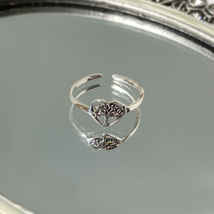 Tree Of Life In Heart Toe Ring