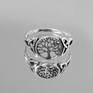925 Sterling Silver Tree Of Life Ring With Side Triquetras