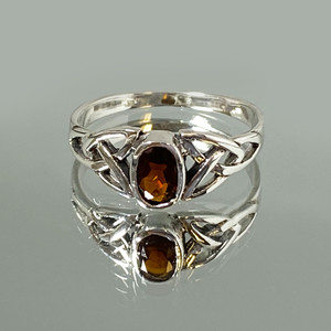 925 Sterling Silver Celtic Ring Garnet Gemstone