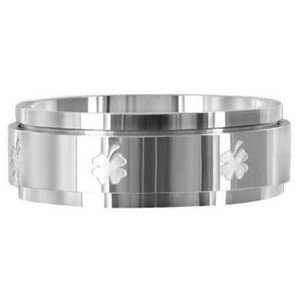 Stainless Steel Spinner Band with Leaf Clover Engraved