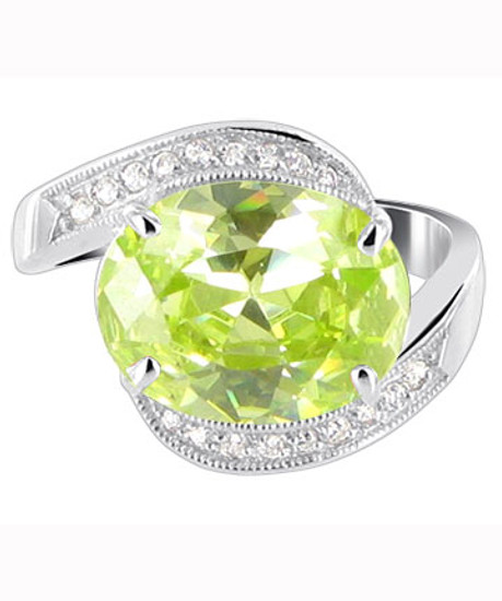 925 Silver Oval Peridot Green CZ with Accents Ring