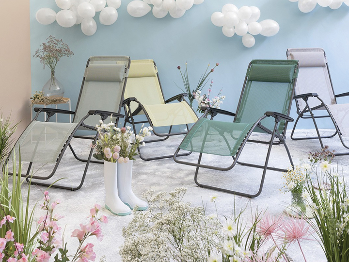 relaxing-chairs