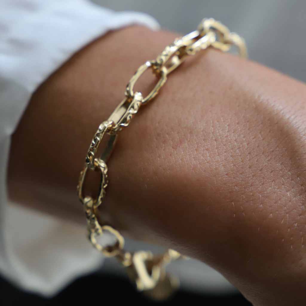 THICK TEXTURED CHAIN BRACELET