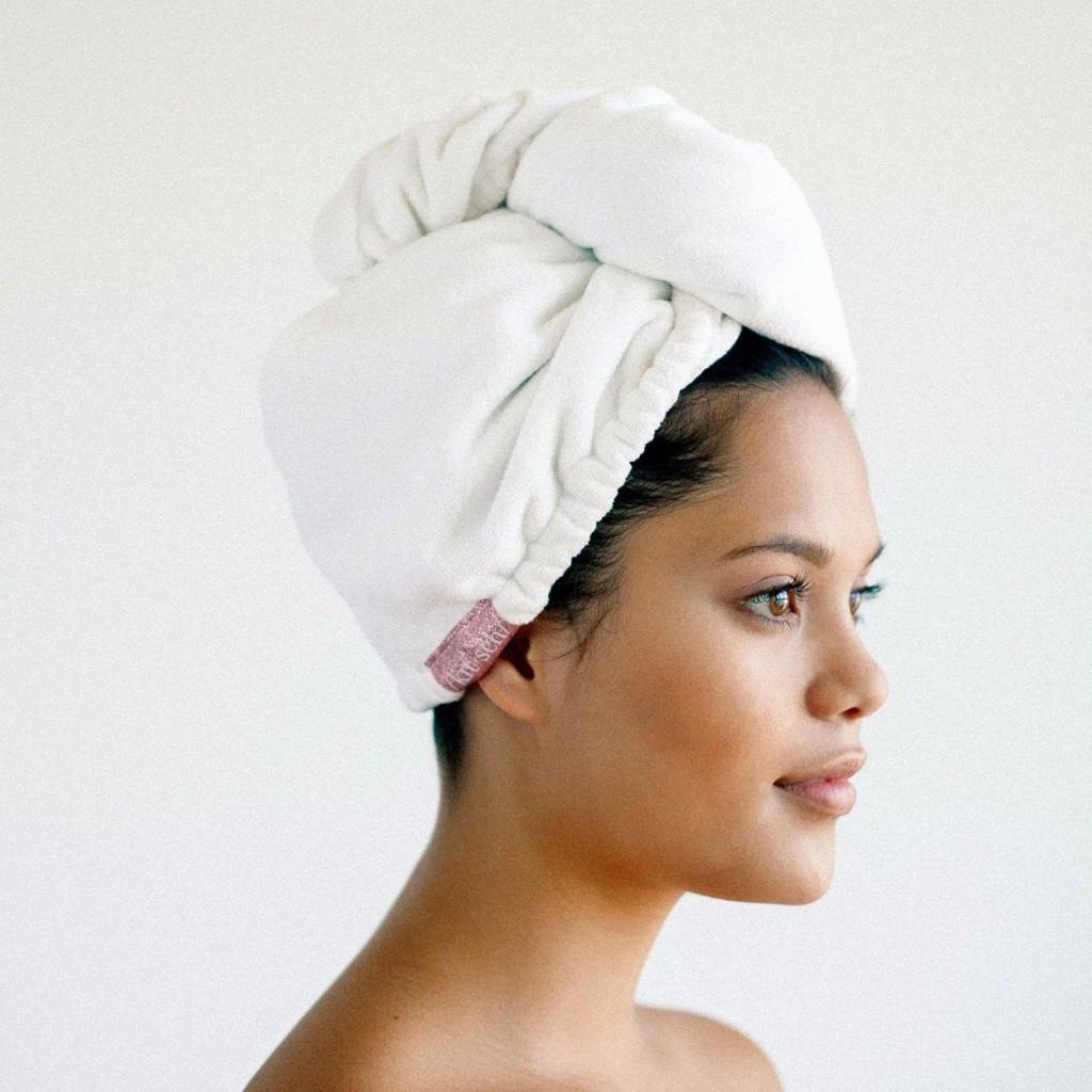 WHITE MICROFIBER HAIR TOWEL