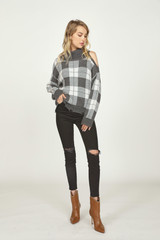 DISTRESSED CHECK SWEATER