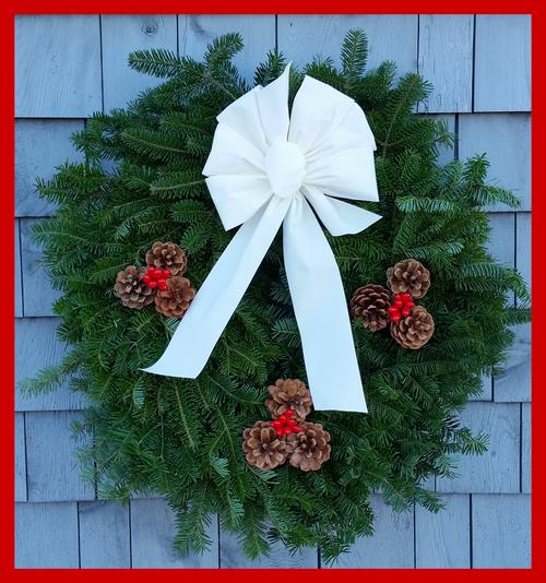 """30"""" Fresh Maine Balsam Wreath, Snow White Bow"""