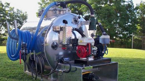 Honda Powered Vacuume 300 Gallon Waste, 100 Gallon Fresh Water