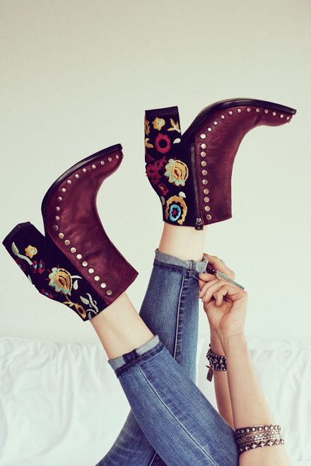 """DDBL023-1 DOUBLE D RANCH GRANNY TAKES A TRIP 6"""" RED LEATHER ANKLE BOOTS"""