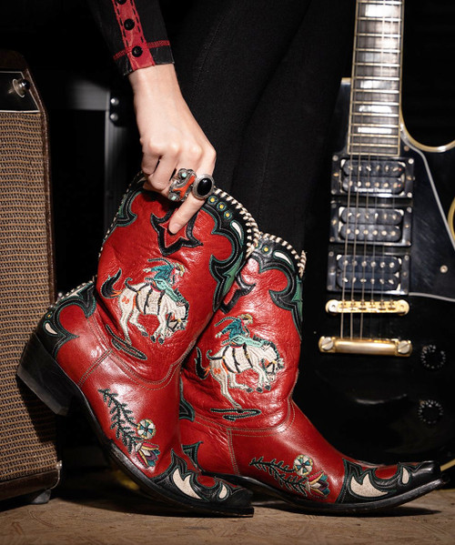 """DDL060-1 DOUBLE D RANCH CASS RED BLACK BUCKING BRONCO WHIPSTITCH 10"""" LEATHER BOOTS"""