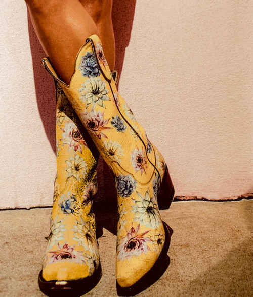 "YL 407-2 OLD GRINGO YIPPEE SAGUARO FLOWER CRACKLED YELLOW FLORAL 13"" LEATHER BOOTS"