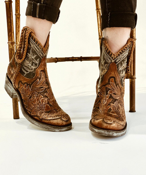 """L1697-6 OLD GRINGO POLO CHALE QUEENSWOOD 7"""" TAN SNUFF DISTRESSED BLACK NATURAL HANDTOOLED BOHO ANKLE BOOTS"""
