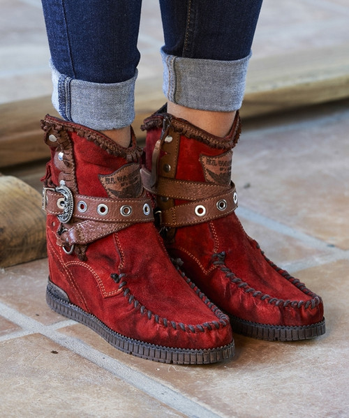 EL VAQUERO Zola Silverstone Red Leather Wedge Moccasin Boots