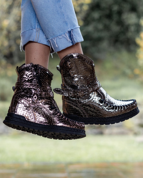 EL VAQUERO Zola Sparkling Titanium Leather Wedge Moccasin Boots