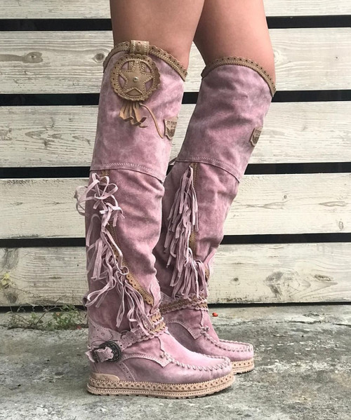 EL VAQUERO Kaleesi Silverstone Cipria Dusty Rose Wedge Moccasin Leather Boots