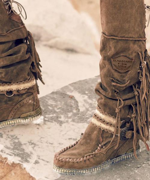 EL VAQUERO Delilah Wornout Sand Beige Leather Wedge Moccasin Boots