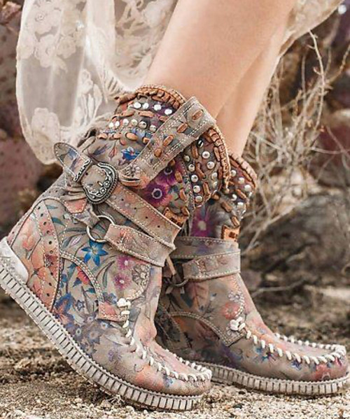 EL VAQUERO Yara Freedom Flower Leather Wedge Moccasin Boots