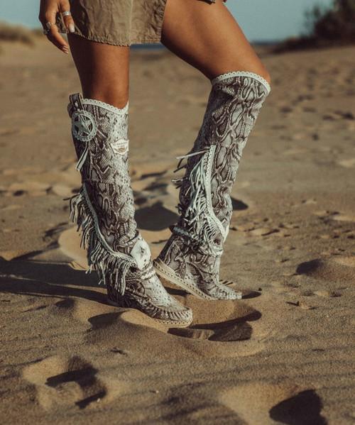 EL VAQUERO Kaleesi DESNAKE BLANCO TALL Wedge Moccasin Leather Boots