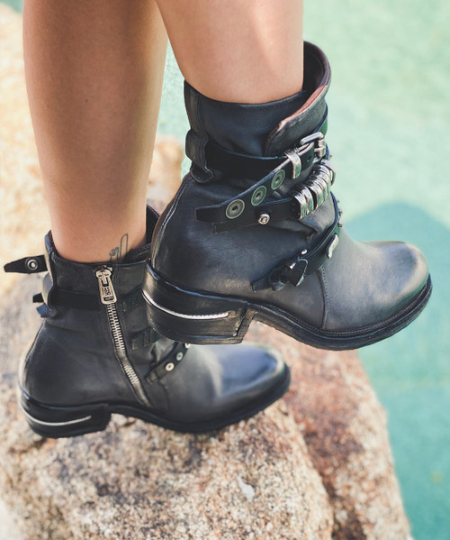 A.S.98 IVES SMOKE LEATHER ANKLE BOOTS
