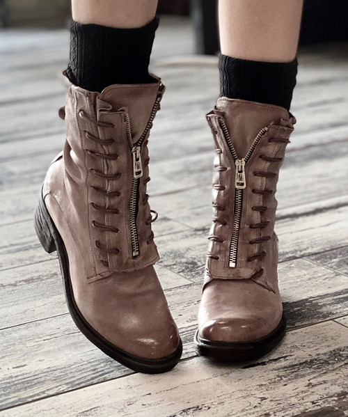 A.S.98 NEEDHAM GRUNGE LEATHER BOOTS