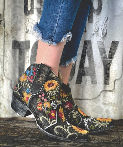 YBL3356-3 OLD GRINGO YIPPEE FREE MY SOUL BLACK LEATHER BLUE EMBROIDERED ANKLE BOOTS